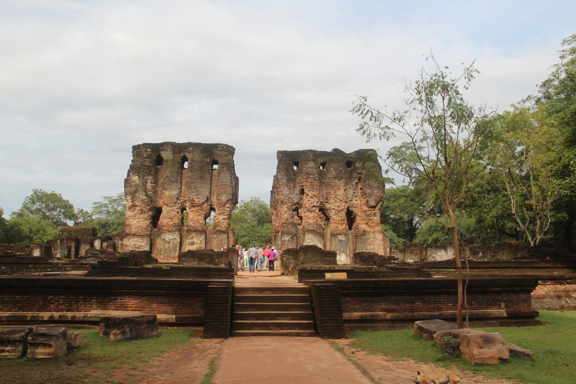 Visiter Polonnaruwa à vélo