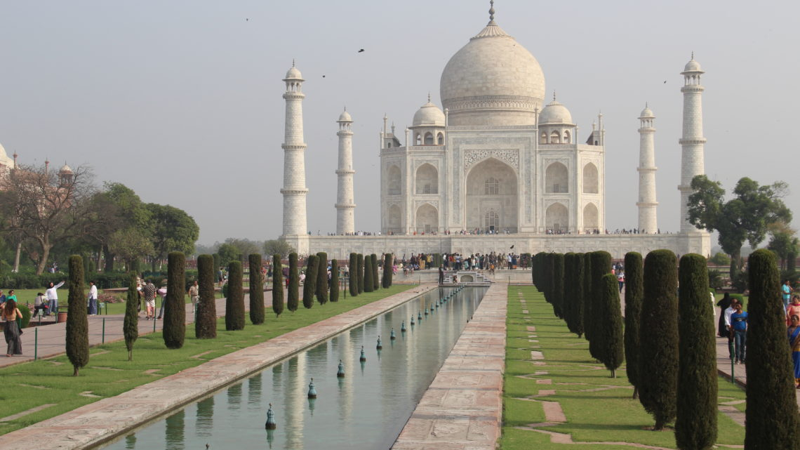 Agra, marbre, plumes et mosaïques